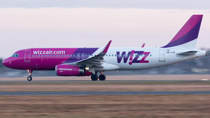 HA-LYH - Wizz Air Airbus A320