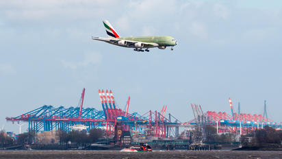 F-WWSX - Emirates Airlines Airbus A380