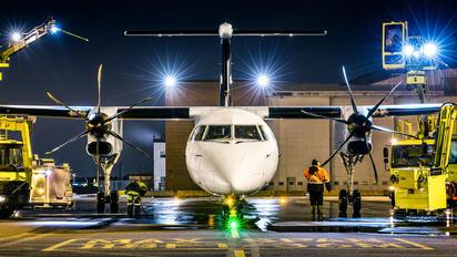 C-GWEN - WestJet Encore de Havilland Canada DHC-8-400Q / Bombardier Q400