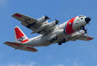 1703 - USA - Coast Guard Lockheed HC-130H Hercules