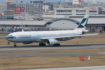 B-LBH - Cathay Pacific Airbus A330-300