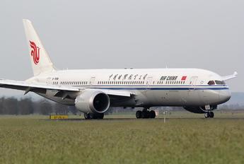 B-7898 - Air China Boeing 787-9 Dreamliner
