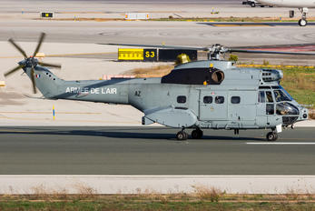 1671-AZ - France - Air Force Aerospatiale SA-330 Puma