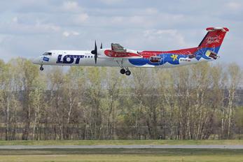 SP-EQB - LOT - Polish Airlines de Havilland Canada DHC-8-400Q / Bombardier Q400