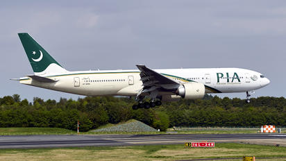 AP-BMH - PIA - Pakistan International Airlines Boeing 777-200ER