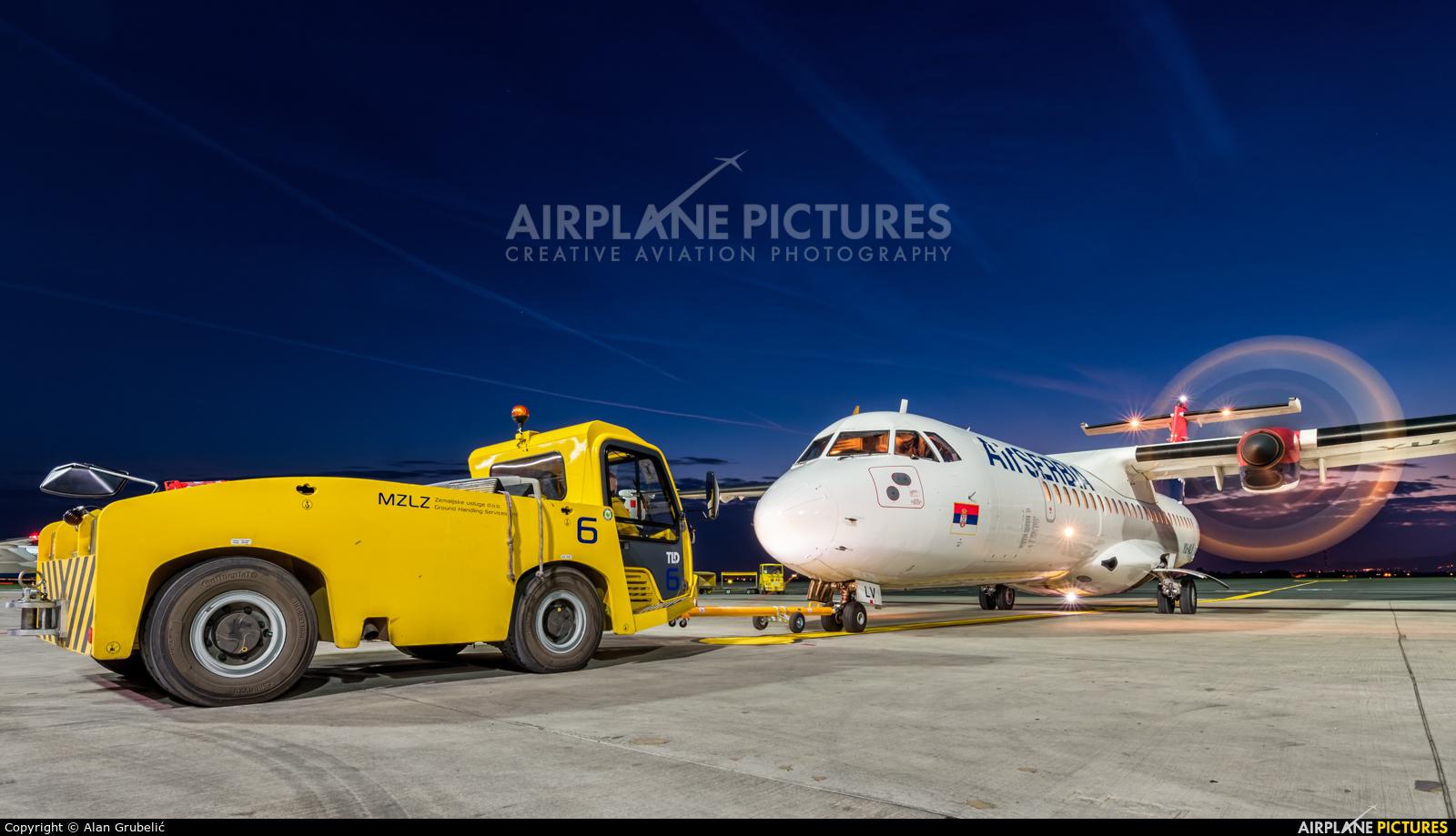 Air Serbia YU-ALV aircraft at Zagreb