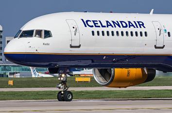TJ-ISJ - Icelandair Boeing 757-200