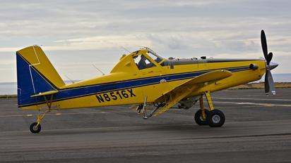 N8516X - T'Way Air Air Tractor AT-502