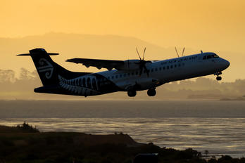 ZK-MCC - Air New Zealand ATR 72 (all models)