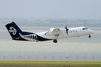 ZK-NEA - Air New Zealand de Havilland Canada DHC-8-300Q Dash 8