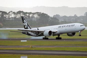ZK-OKN - Air New Zealand Boeing 777-300ER
