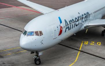 N381AN - American Airlines Boeing 767-300ER
