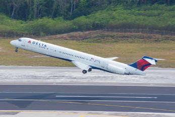 N990DL - Delta Air Lines McDonnell Douglas MD-88