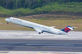 N990DL - Delta Air Lines McDonnell Douglas MD-88