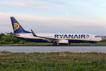EI-ENH - Ryanair Boeing 737-800