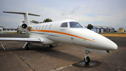 M-KGTS - Private Embraer EMB-505 Phenom 300