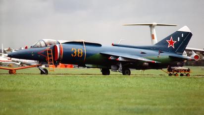 38 YELLOW - Russia - Navy Yakovlev Yak-38