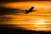 - -  Embraer ERJ-175 (170-200) aircraft