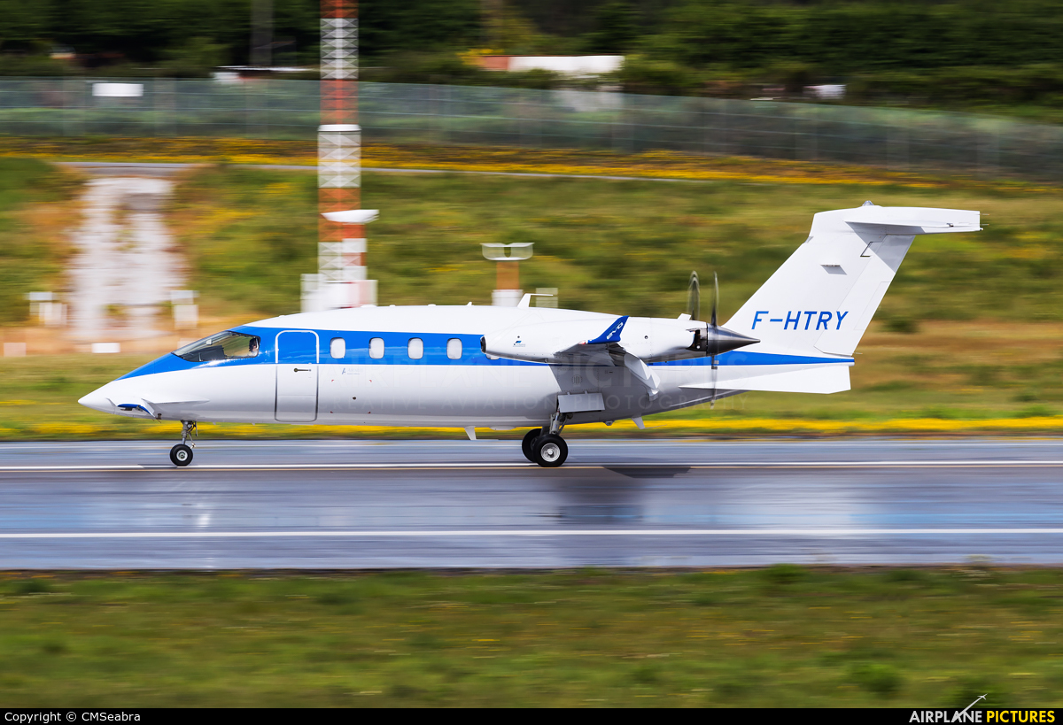 Air Alsie F-HTRY aircraft at Porto