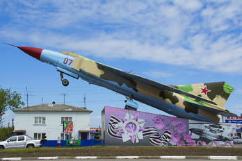 07 - Russia - Air Force Mikoyan-Gurevich MiG-23ML
