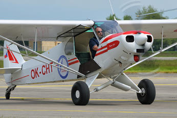 OK-CHT - Private Piper L-18 Super Cub