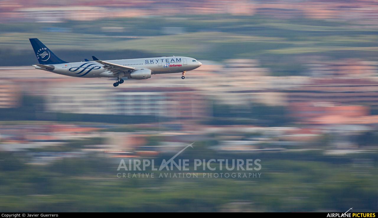 Air Europa EC-LNH aircraft at Madrid - Barajas