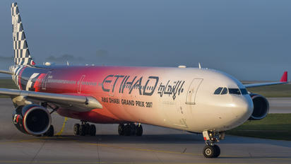 A6-EHJ - Etihad Airways Airbus A340-600