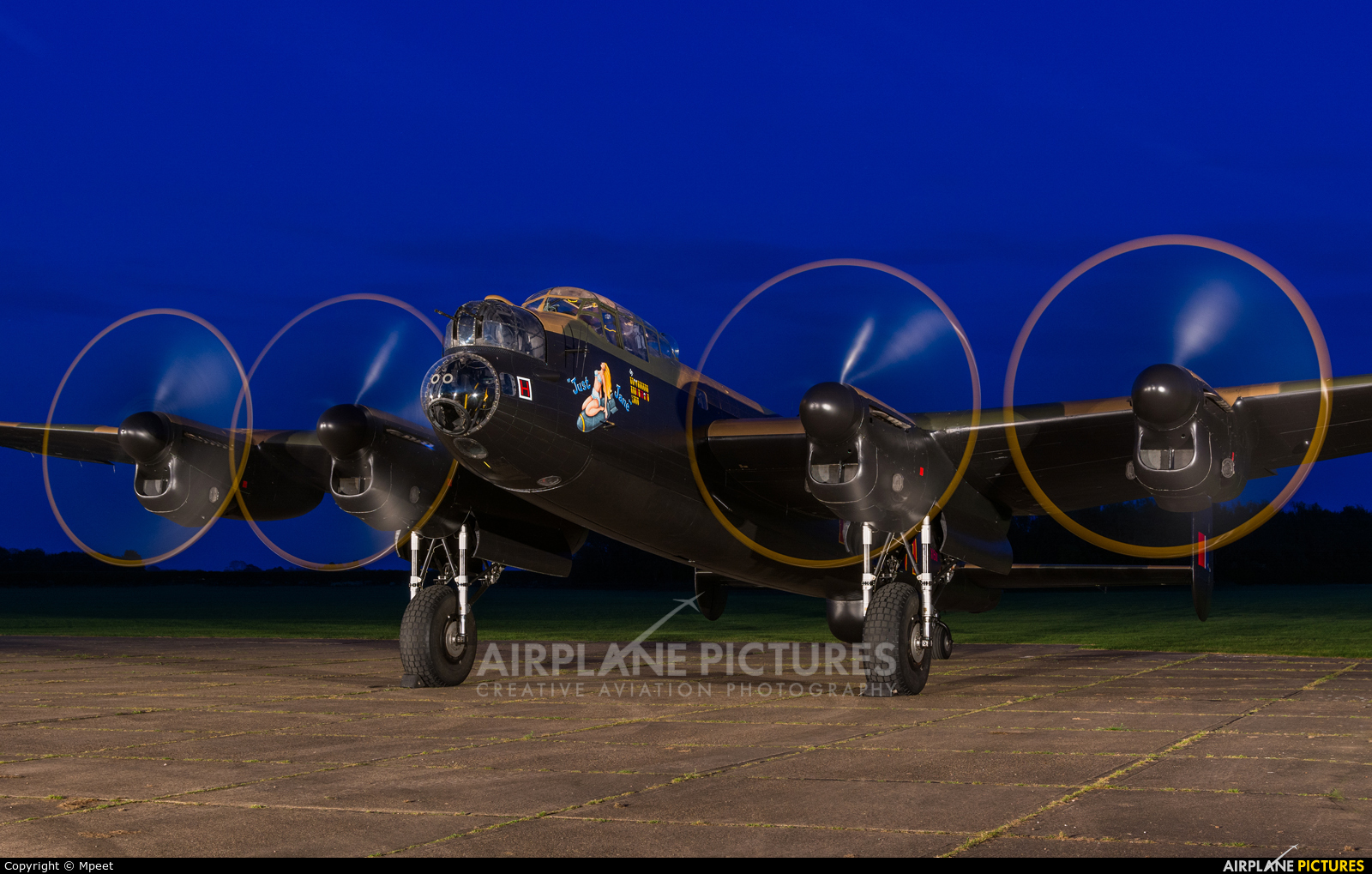 NX611 aircraft at East Kirkby