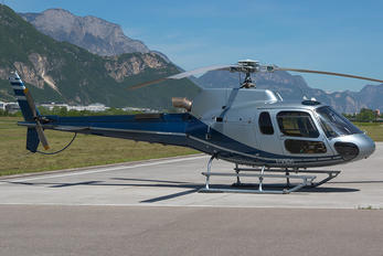 I-VIEK - Private Eurocopter AS350 Ecureuil / Squirrel