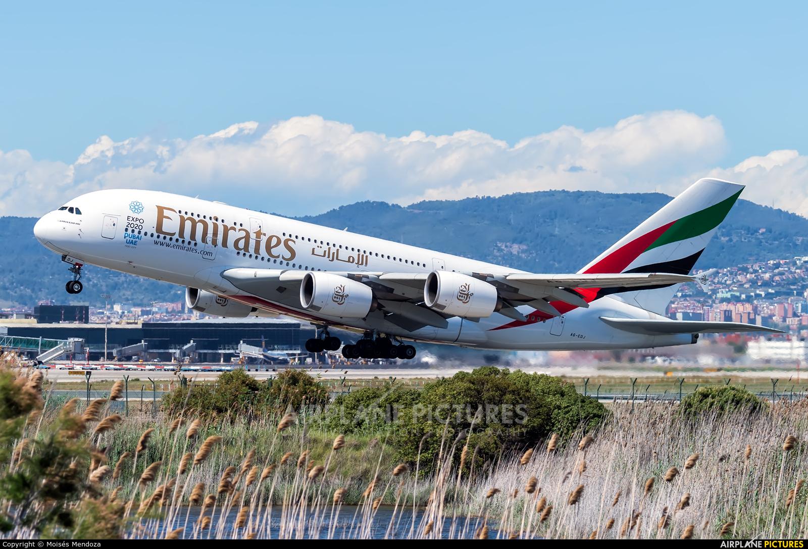 Emirates Airlines A6-EDJ aircraft at Barcelona - El Prat