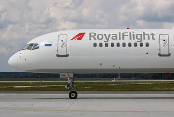 VQ-BTN - Royal Flight Boeing 757-200WL