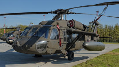 95-26638 - USA - Army Sikorsky UH-60L Black Hawk