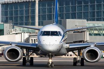 EW-400P0 - Belavia Embraer ERJ-195 (190-200)