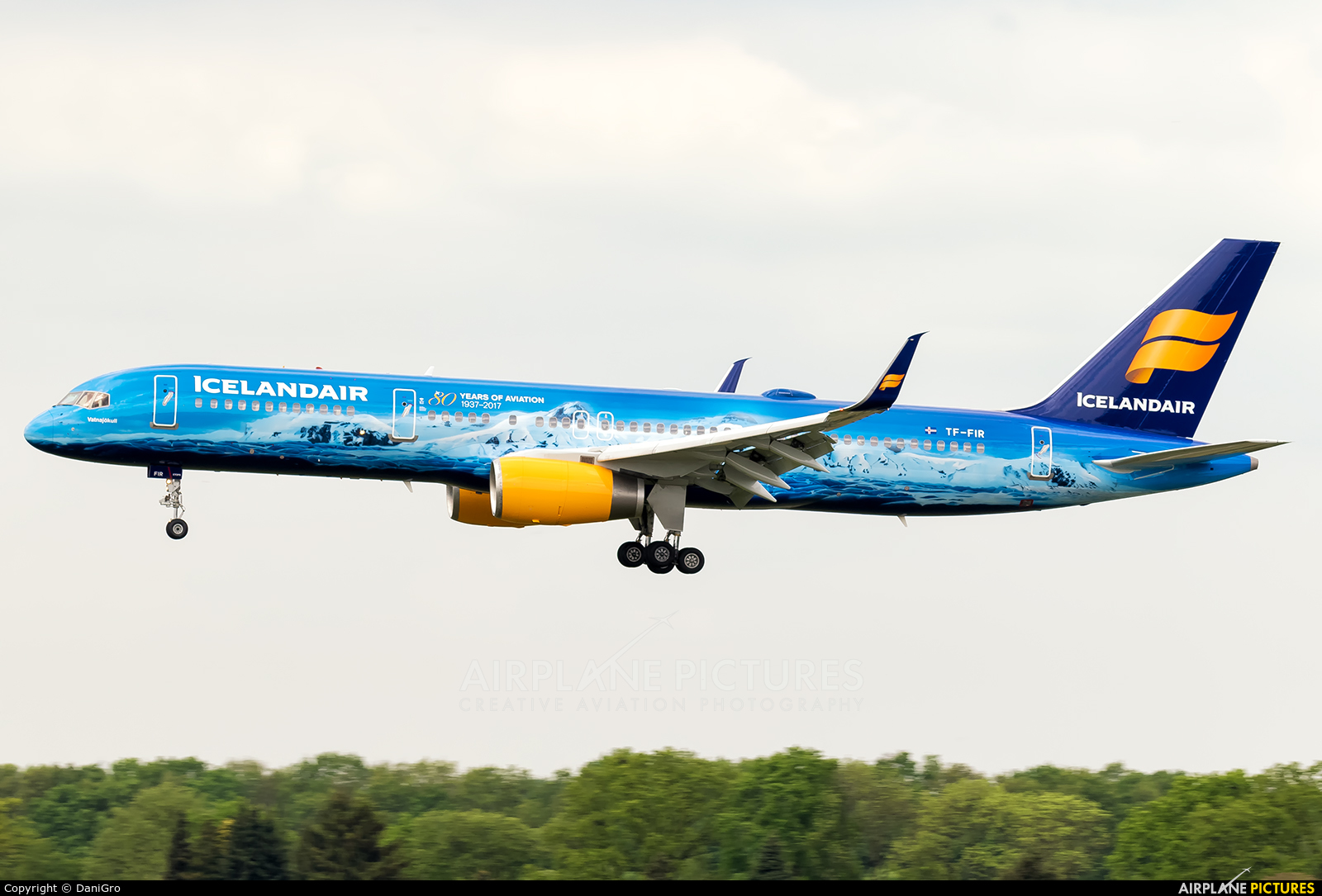 Icelandair TF-FIR aircraft at Hamburg - Fuhlsbüttel