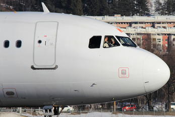 G-EZWW - easyJet Airbus A320