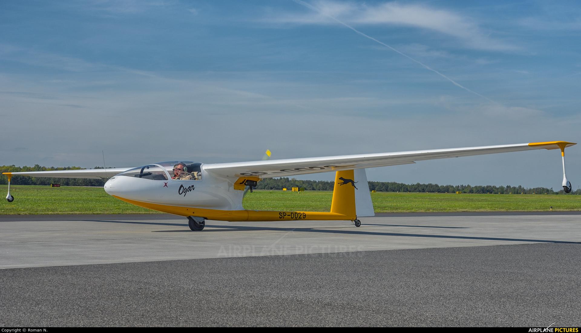 Private SP-0029 aircraft at Powidz