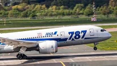 JA 814A - ANA - All Nippon Airways Boeing 787-8 Dreamliner