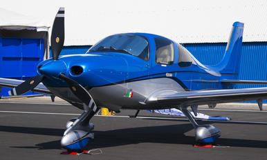 XA-GTS - Private Cirrus SR-22 -GTS