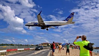 N238JB - JetBlue Airways Embraer ERJ-190 (190-100)