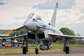 ZJ927 - Royal Air Force Eurofighter Typhoon FGR.4