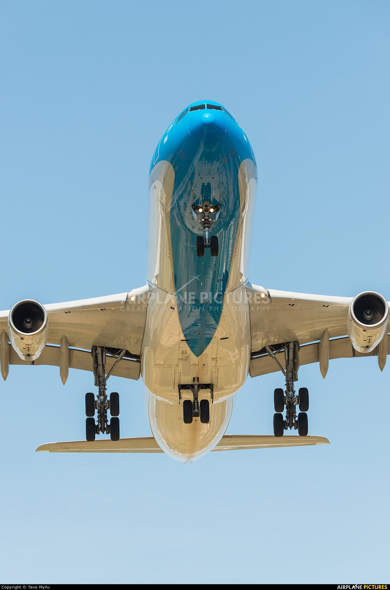 Aerolineas Argentinas LV-CSF aircraft at Barcelona - El Prat