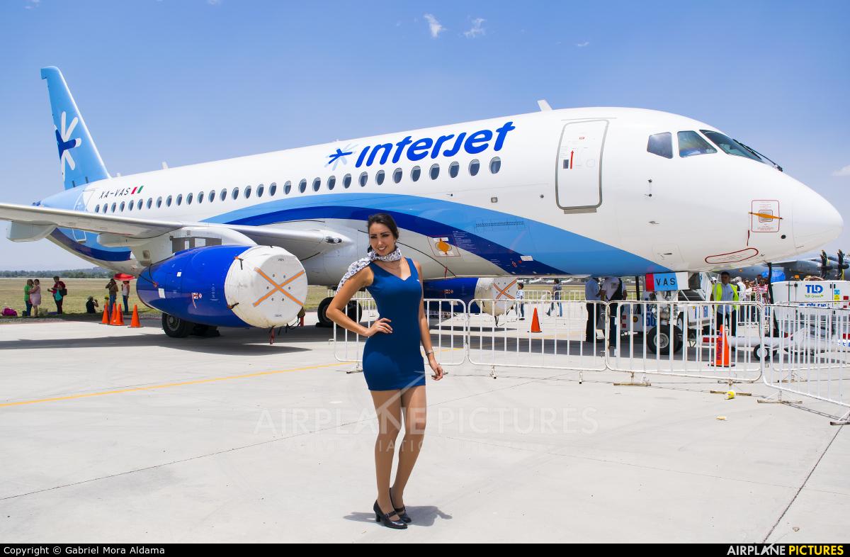 Interjet XA-VAS aircraft at Santa Lucia AB