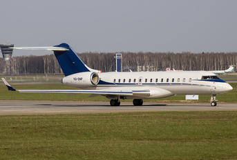 VQ-BNP - Private Bombardier BD-700 Global Express XRS