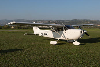 OE-DAS - Private Cessna 172 Skyhawk (all models except RG)