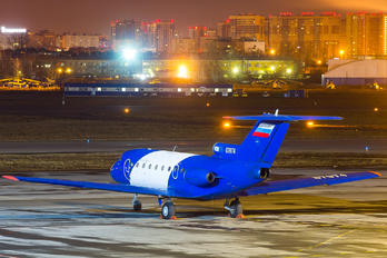 87974 - SibNIA Yakovlev Yak-40