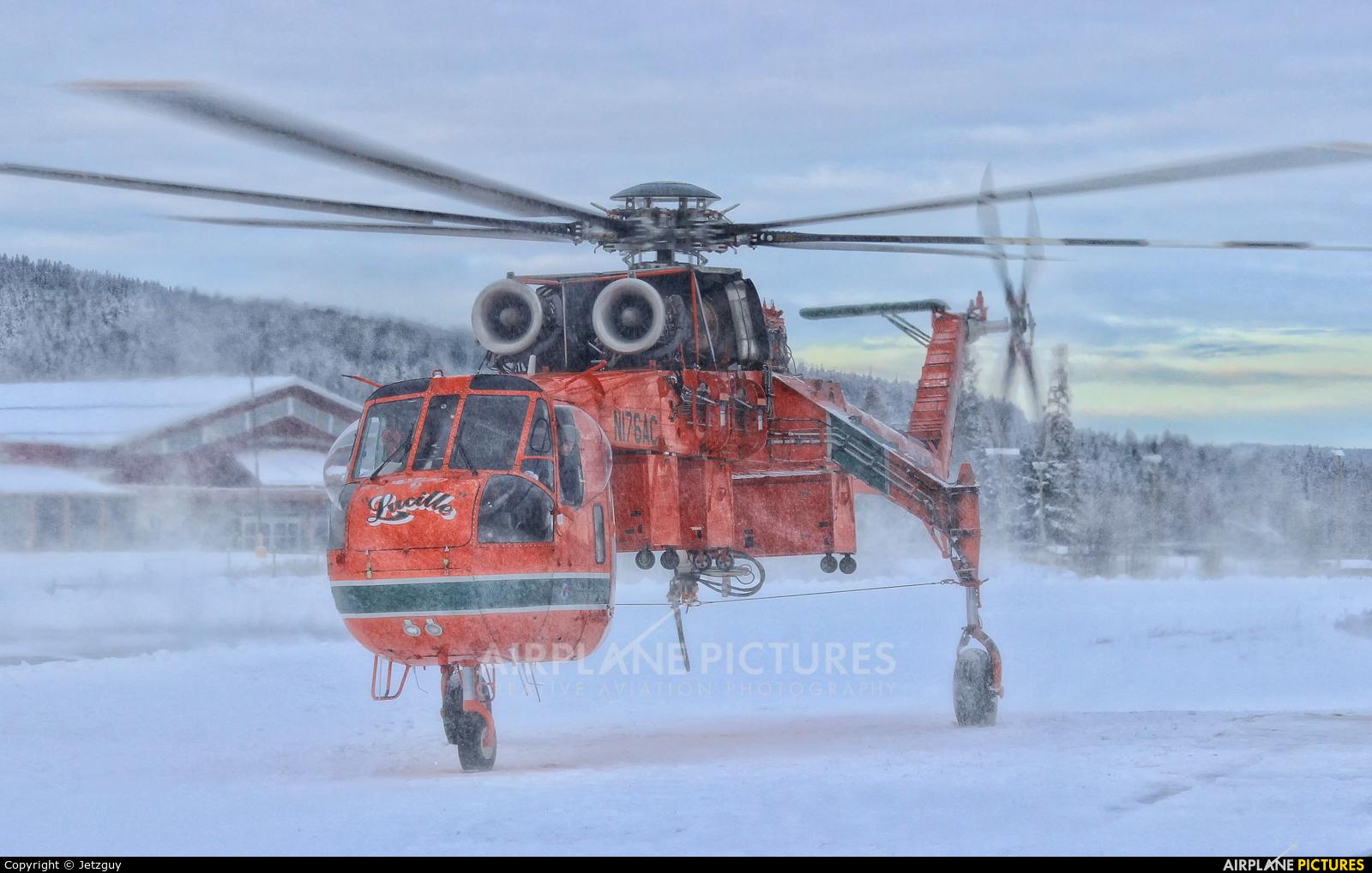 Erickson Air-Crane N176AC aircraft at 100 Mile House, BC