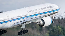 9K-AOA - Kuwait Airways Boeing 777-200ER aircraft