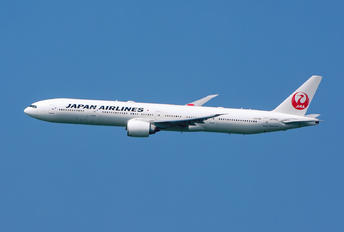 JA740J - JAL - Japan Airlines Boeing 777-300ER