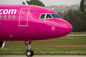 HA-LPZ - Wizz Air Airbus A320