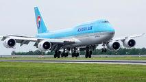 Korean Air HL7632 image